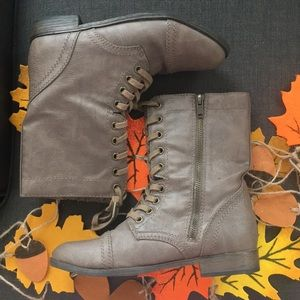 Rampage mid calf lace-up boot Lightly used